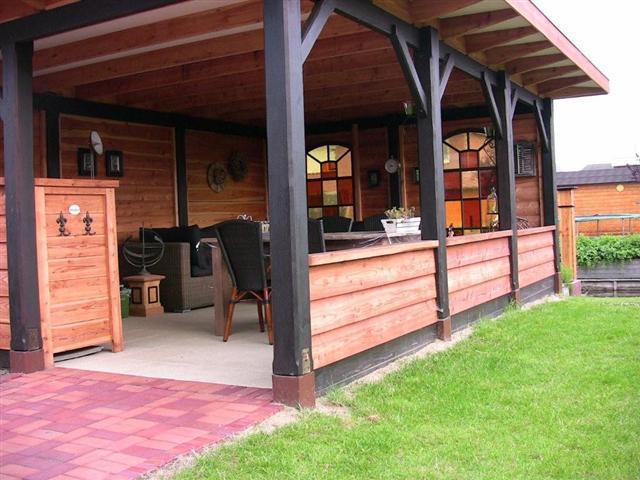 Opzichzelfstaande veranda met berging maken werkspot for Berging met veranda