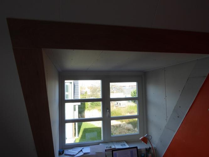 Afwerken dakkapel behangen en schilderen binnenwanden for Glasvlies behangen