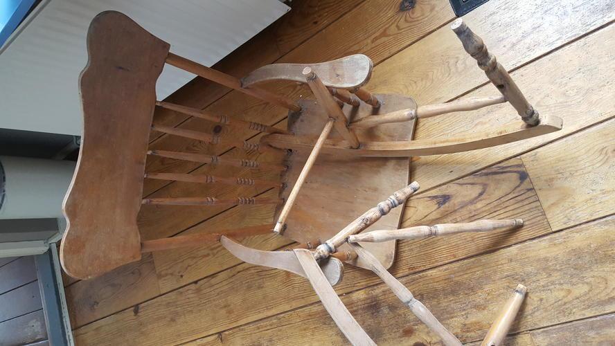 Houten Antieke Stoel.Repareren Werkspot Houten Antieke Houten Stoel Antieke Stoel 9weid2h