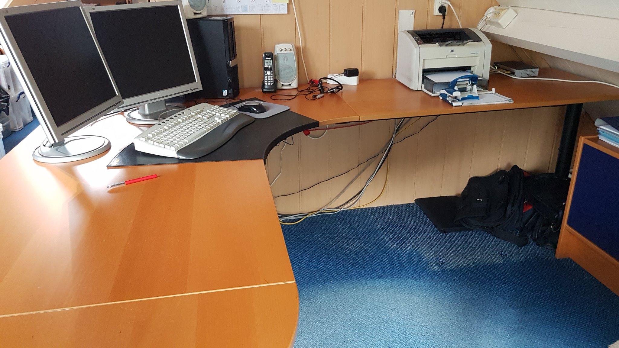 Demontage en montage bureau ikea werkspot