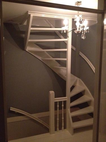 plaatsen vaste trap naar zolder en gat in zolder maken