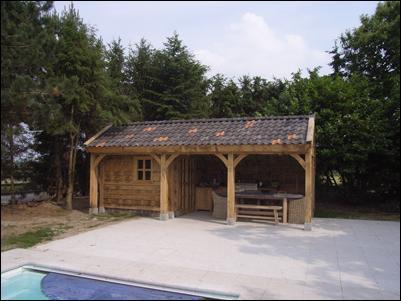 Maken plaatsen houten veranda werkspot - Veranda met dakpan ...