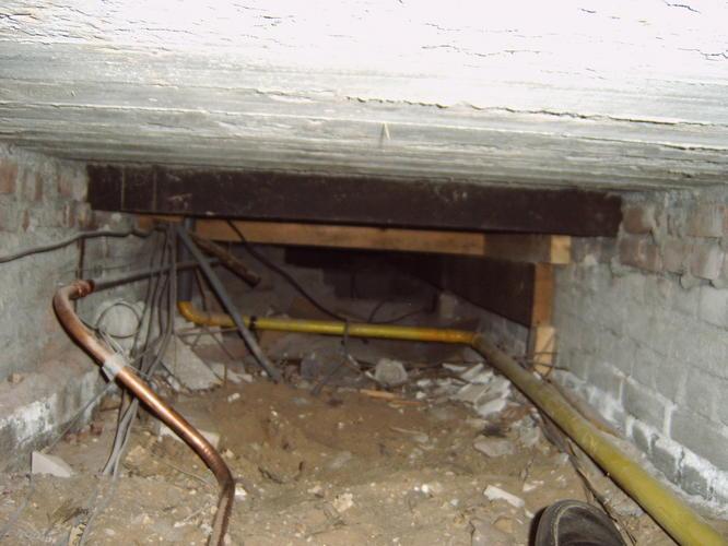 Houten vloer isoleren jaren 30 woning te zeist werkspot for Houten vloer isoleren