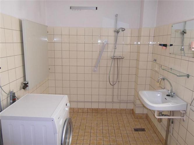 Badkamer tegels verwijderen - Werkspot