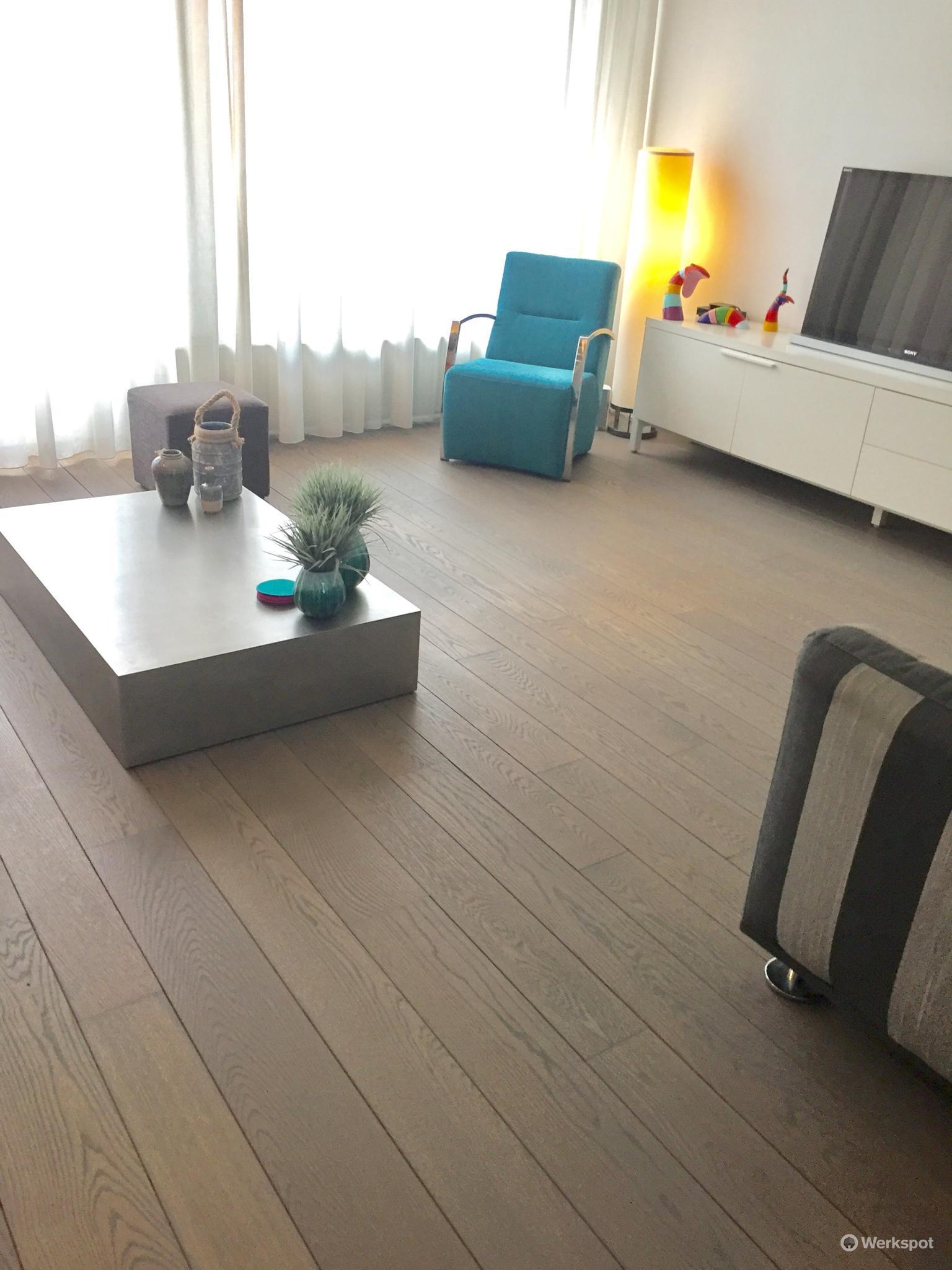 houten vloer schuren spleten wegwerken lakken 60m werkspot