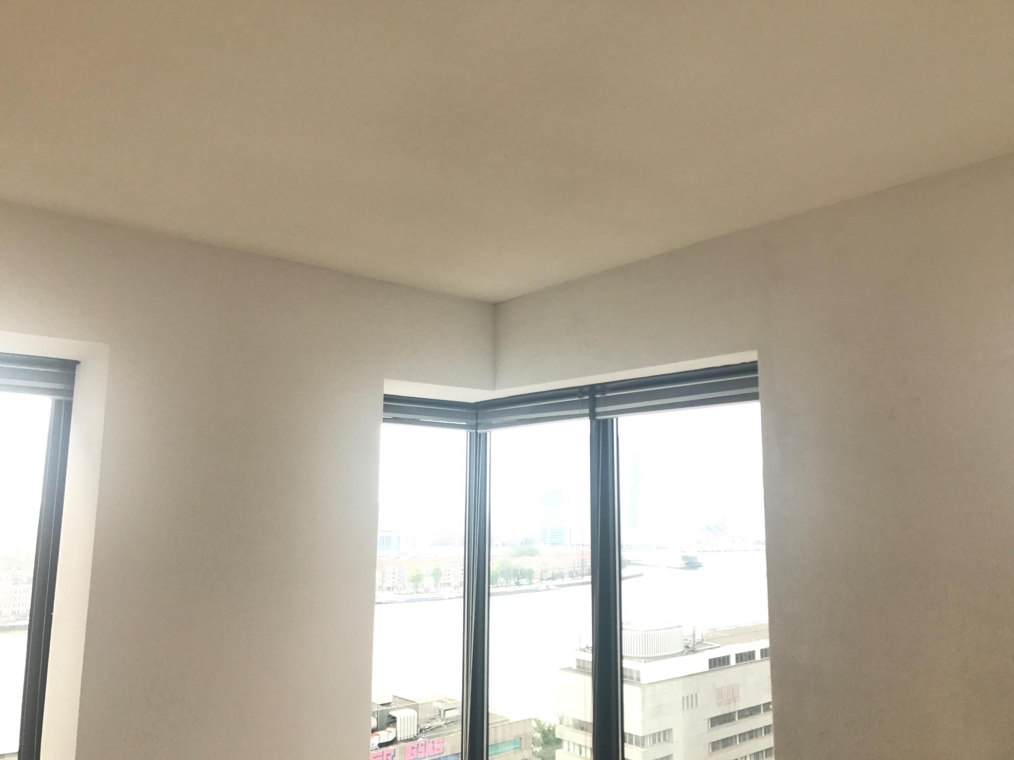 Woonkamer spuiten/schilderen (wit) - Werkspot