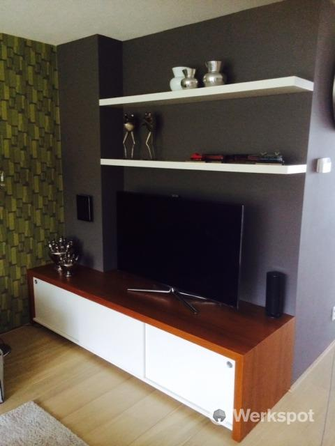 Zwevende Plank Tv Meubel.Tv Meubel Maken Met Zwevende Boven Planken Werkspot