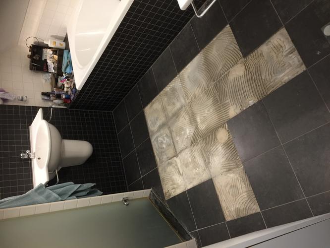 Badkamer Tegels Verwijderen : Verwijderen badkamertegels hergebruik hiervan bij betegelen
