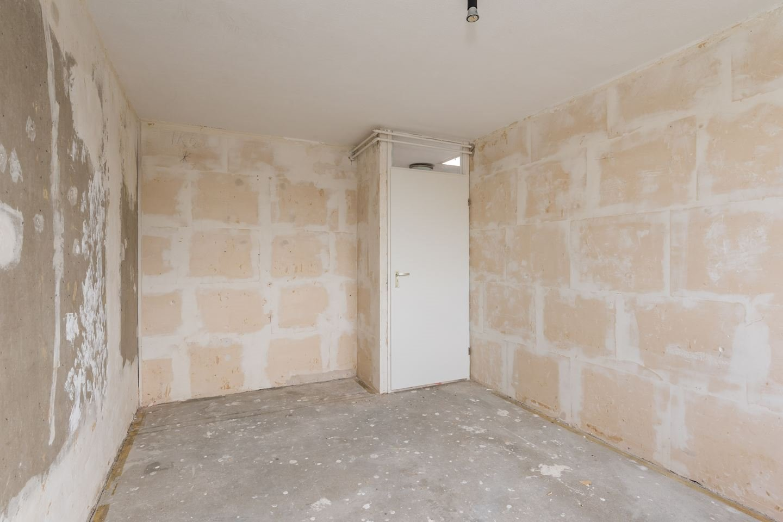 Betegelen Vloer Badkamer : Toilet badkamer en keuken betegelen. muur en vloer. totaal 23m2