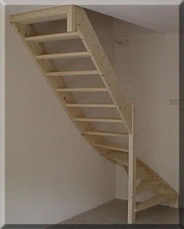 Vaste trap naar zolder werkspot for Zelf zoldertrap maken