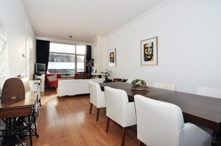 Muren en plafond woonkamer open keuken en gang latexen werkspot - Woonkamer m ...