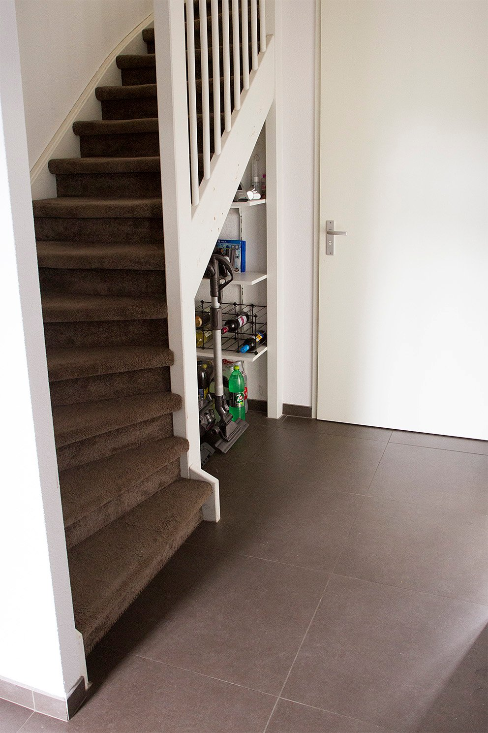 Trapkast maken onder open trap hd74 for Trap ontwerpen