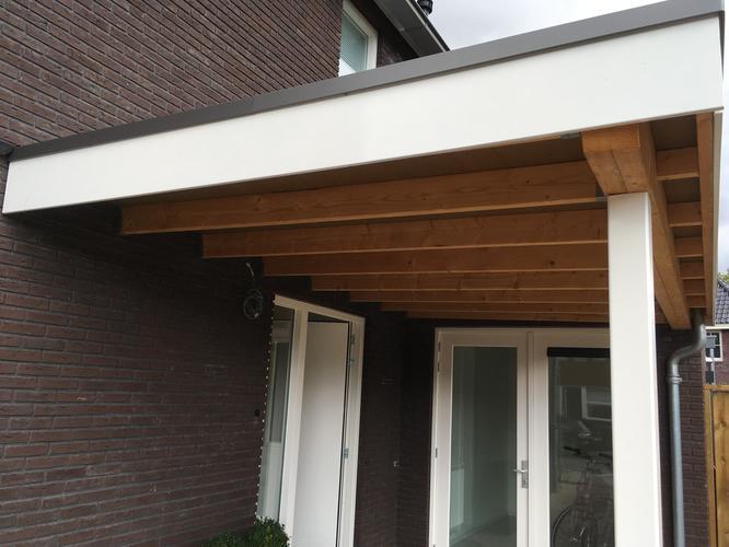 Carport plafond aftimmeren 12,5m2 inbouwspots - Werkspot