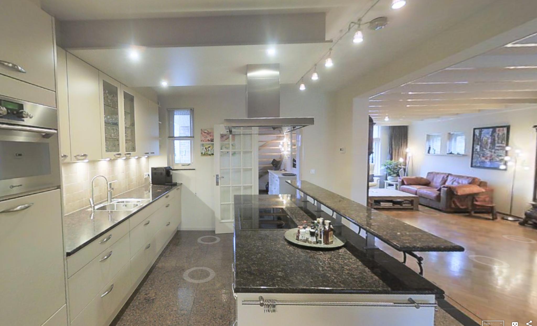 Wat kost het verplaatsen van een keuken informatie over for Wat kost een nieuwe trap