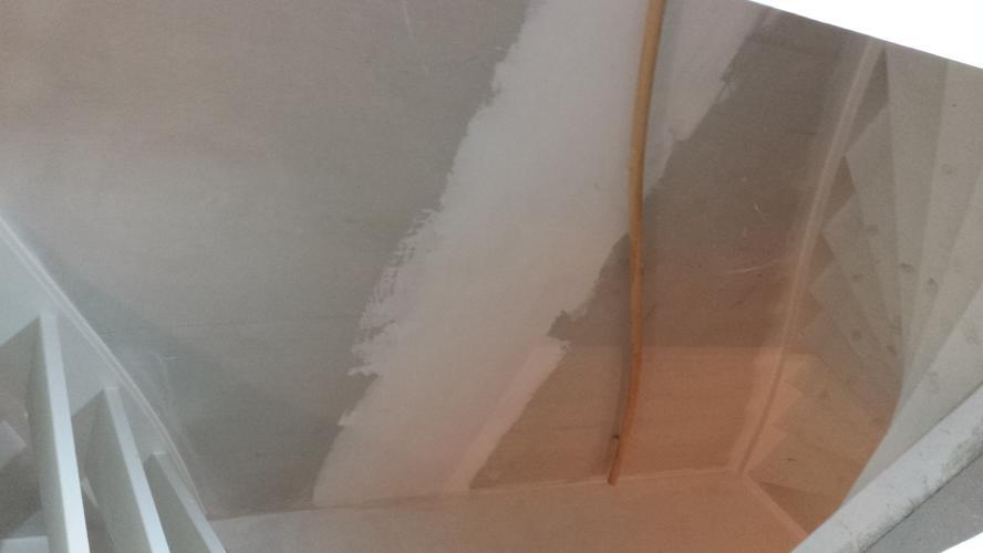 Trappenhuis behangen woonkamer tot zolder ong m werkspot