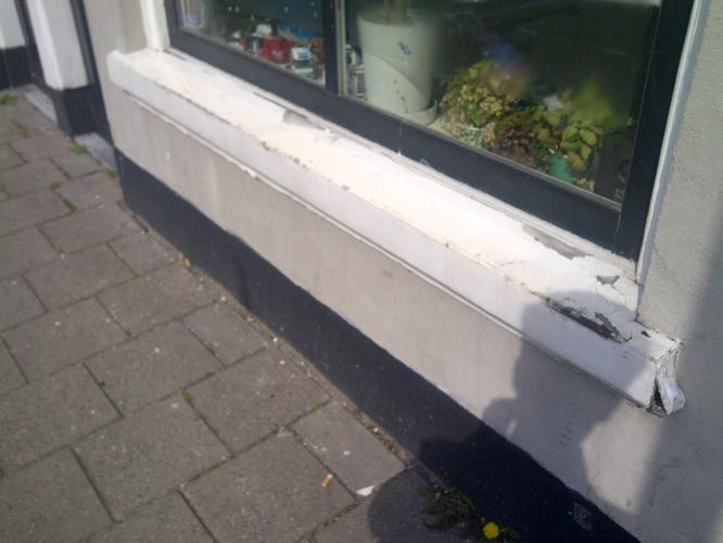 Vensterbank vervangen buiten werkspot for Vensterbank vervangen