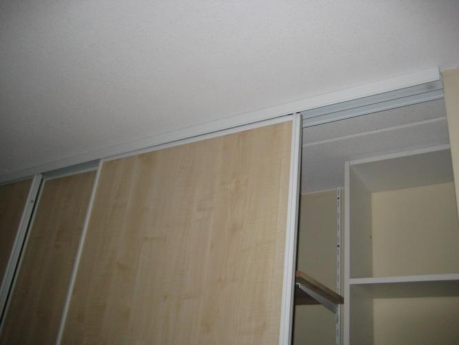 Extreem schuifdeuren voor de opslag ruimte te maken - Werkspot DH55