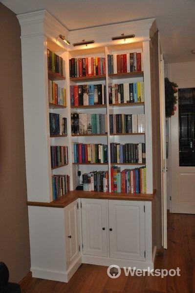 Engelse stijl boekenkast op maat gemaakt - Werkspot
