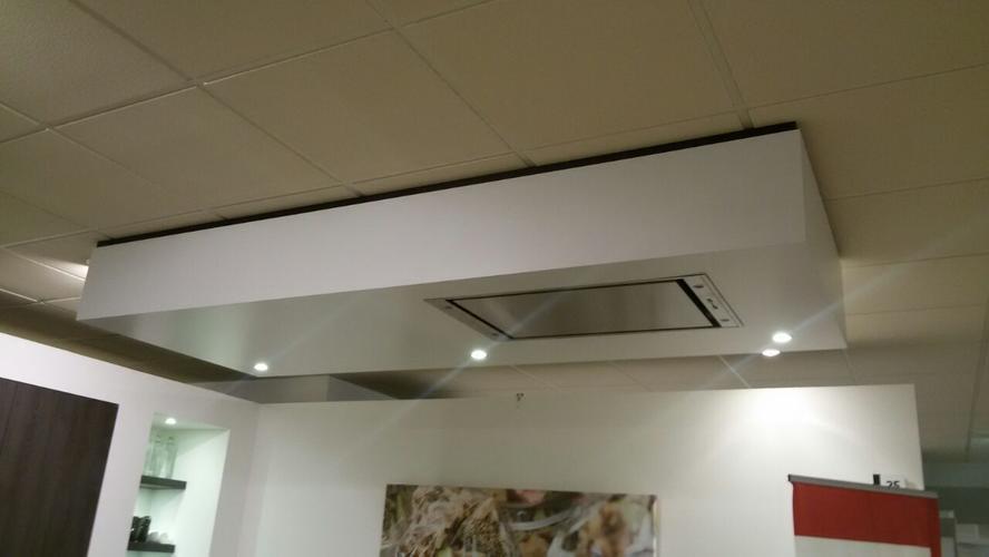 Verlaagd plafond boven kookeiland maken voor afzuigkap bij 1 m werkspot - Hoe je een centrum eiland keuken te maken ...