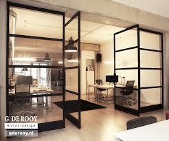 glazen wand 1 draaibaar deel en zwart stalen kozijnen werkspot. Black Bedroom Furniture Sets. Home Design Ideas