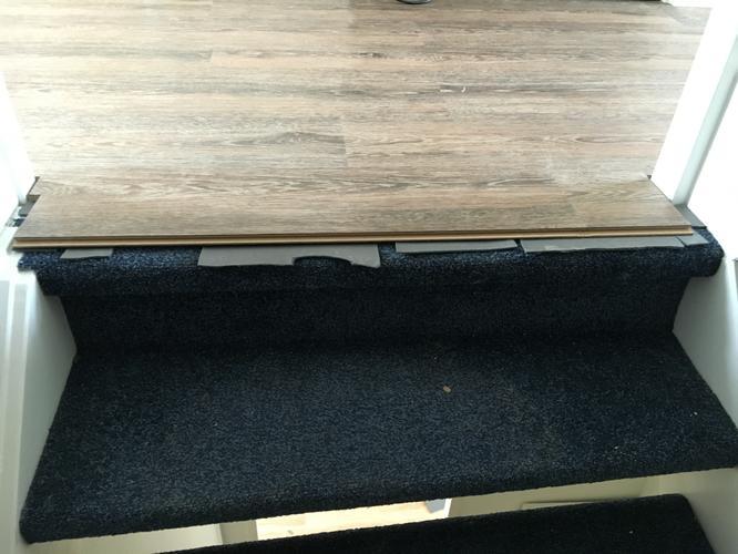 Afwerken trap overgang (PVC vloer is al gelegd)   Werkspot