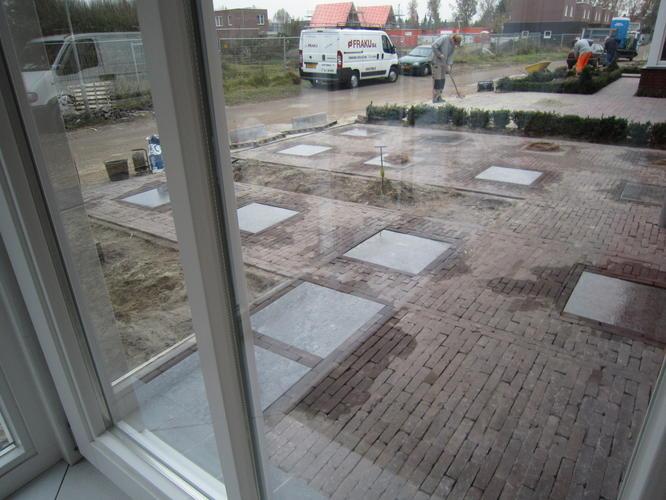 Bestrating voor en achtertuin werkspot - Ideeen terras ...
