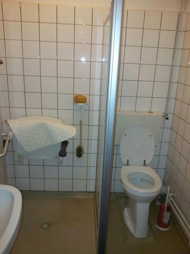 badkamer renovatie 1,72 x 1,84 m - werkspot, Badkamer