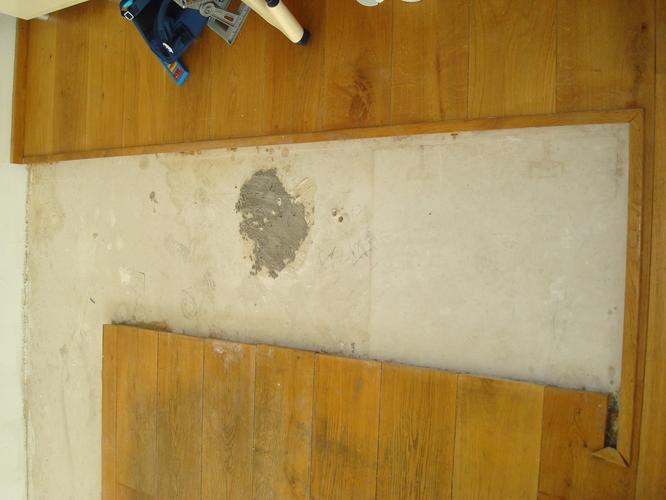 Gebruikte Eiken Vloer : Herstellen schuren rustique eiken vloer werkspot