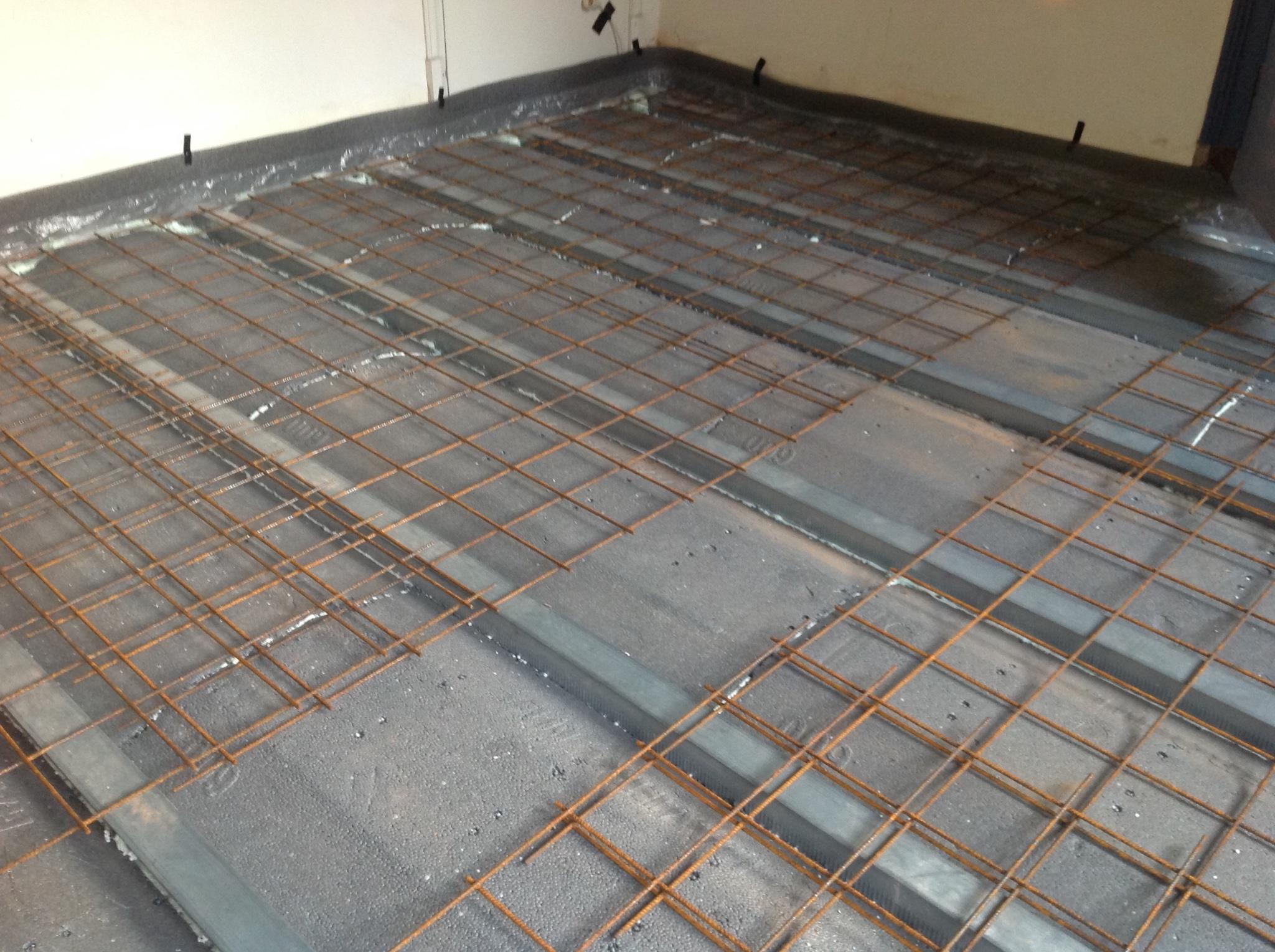 Beroemd Betonnen vloer storten - Werkspot OY77