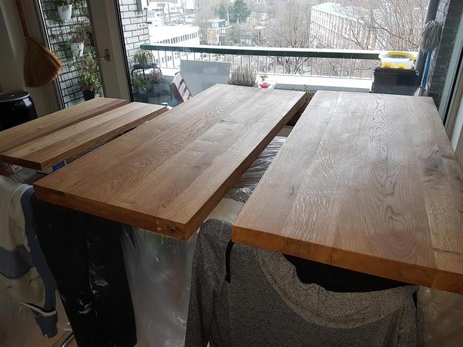 Houten Plank Blind Ophangen.Blind Ophangen Van 2 Zware Houten Wastafel Planken En 2 Planken In