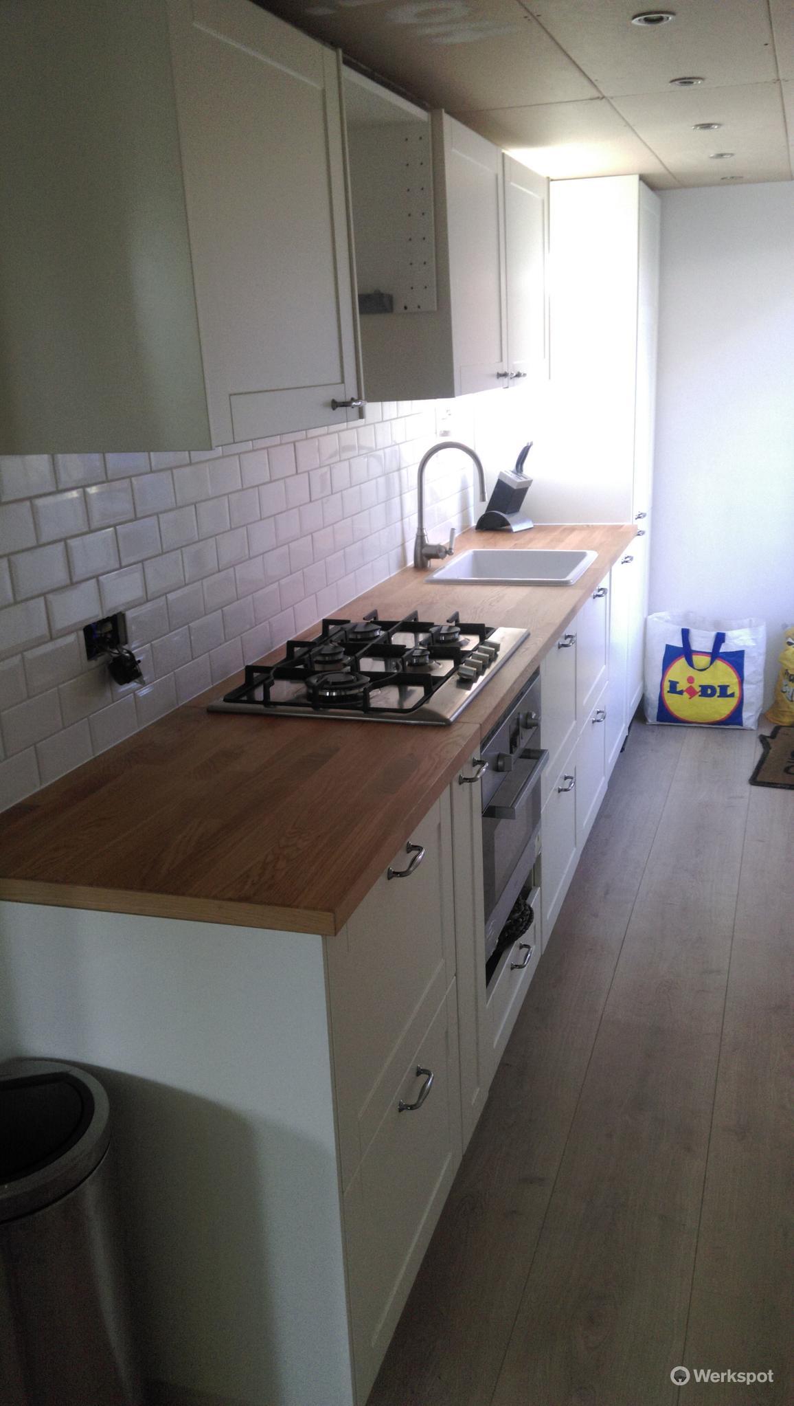 keuken wandtegels plaatsen prijs : Metro Tegels Plaatsen Keuken Werkspot
