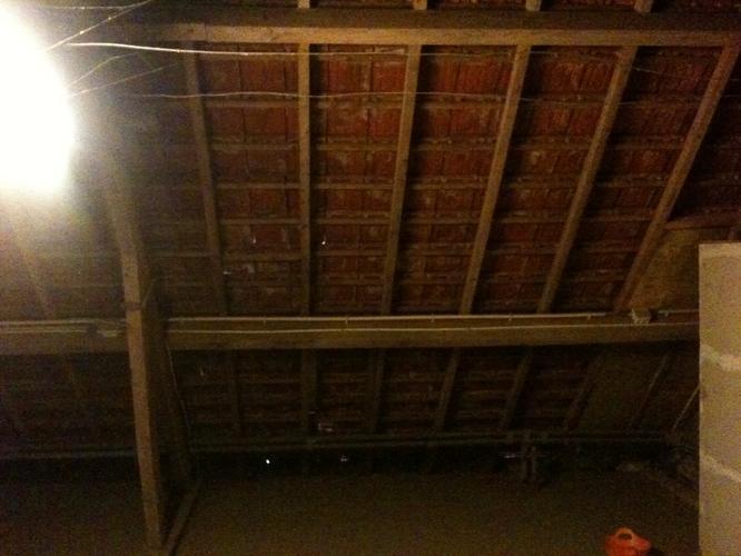 Isoleren betonnen plat dak langs binnenzijde  Ecobouwersbe