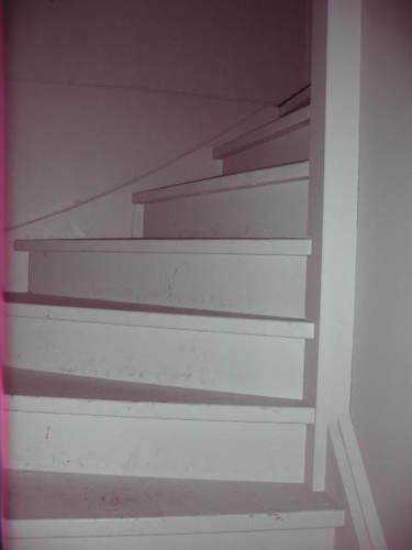 2 houten trappen traphek schilderen werkspot - Schilderen muur trap ...