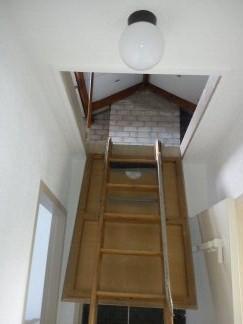 Vlizotrap vervangen door vaste trap werkspot for Nieuwe trap laten plaatsen