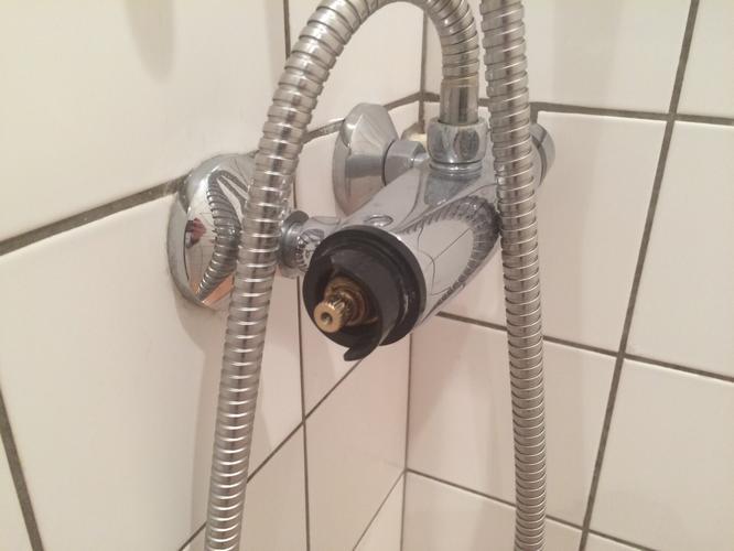 Douche thermostaat kraan vervangen - Werkspot