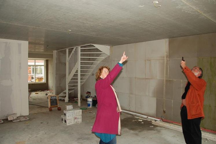 Stuc behang scan en sauswerkzaamheden voor for Renovlies laten behangen