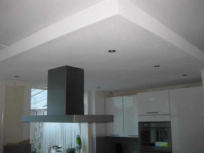 Uitzonderlijk Spackspuiten verlaagd plafond keuken 6,5m2 - Werkspot #XE39