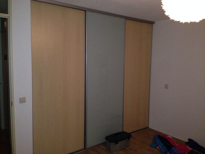 Behangen schuifwandkast werkspot for Kostprijs behangen per m2
