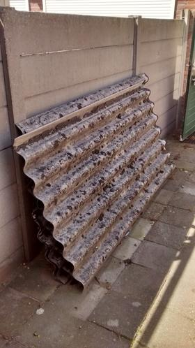 Eternitplatten Asbest Weg Brengen Naar Milieustraat Werkspot