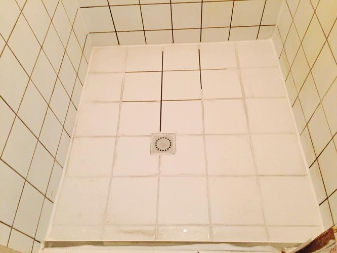 Paarse Schimmel Badkamer : Paarse schimmel badkamer cool roze schimmel in badkamer flexibele