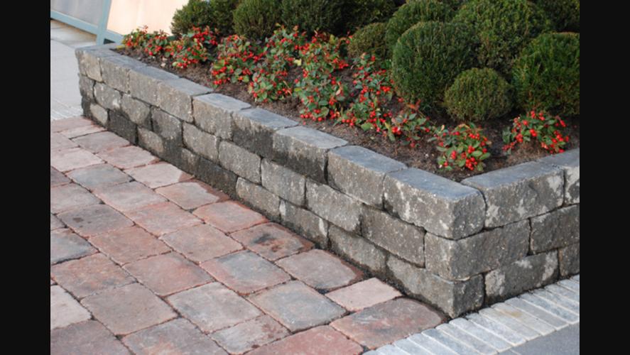 Goede 11 meter plantenbak maken van betonnen stapelblokken - Werkspot PT-12