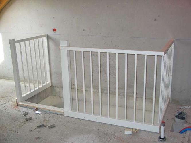 Vlizo vervangen door vaste trap naar zolder werkspot - Trap toegang tot zolder ...