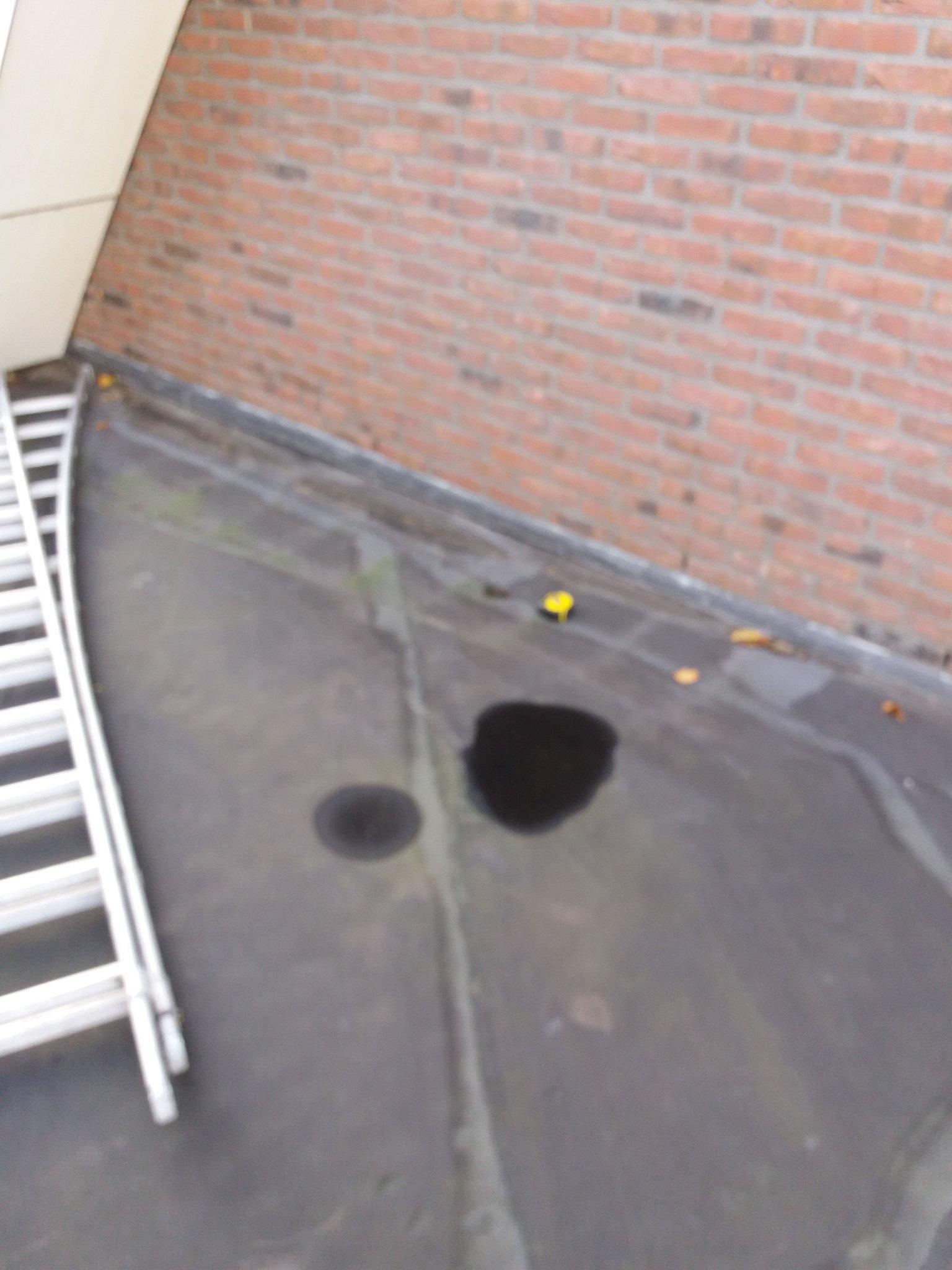 Bekend Gat boren in plat dak beton met bitumen - Werkspot NL82