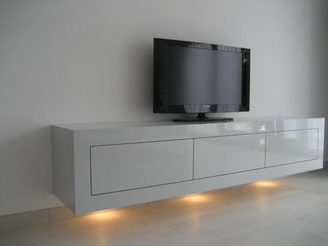 Hoogglans wit tv meubel maken 2 meter breed incl monteren for Ladenblok 1 meter breed