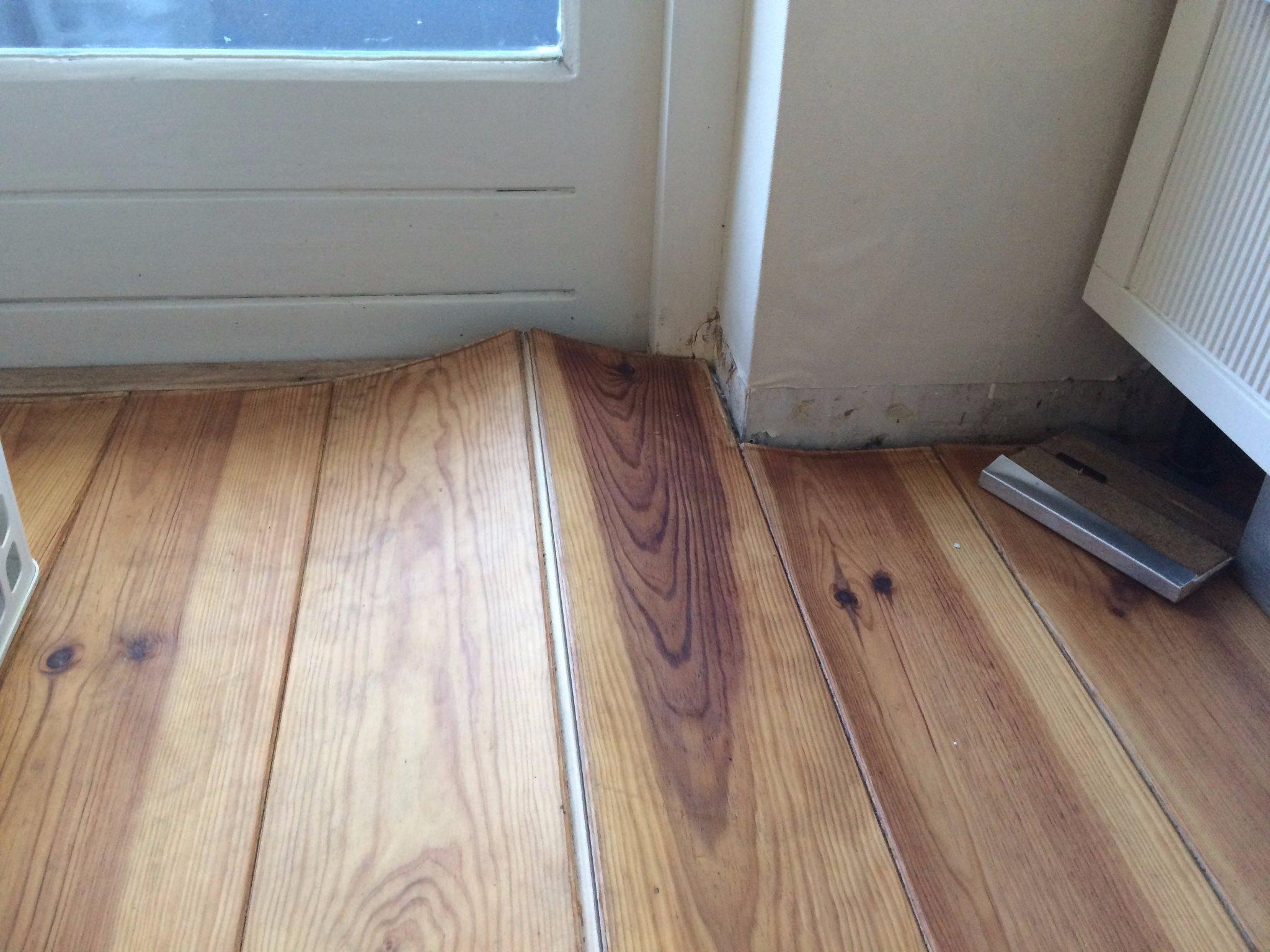 Herstellen houten vloer met waterschade ca m² werkspot