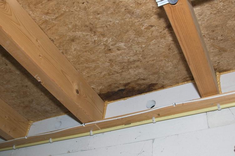 Repareren lekkage dak plat dak met kunstof amersfoort werkspot