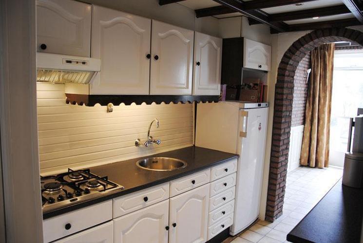 Strak Keuken Tegels : Wandtegels keuken werkspot