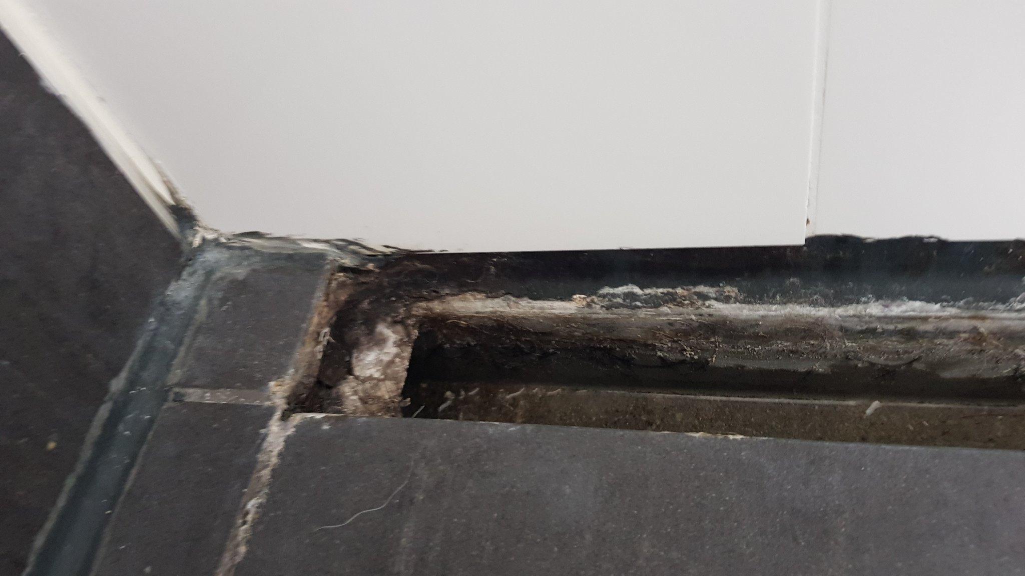 Lekkende douche afvoer repareren werkspot