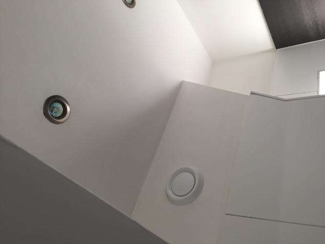 Ventilatie Badkamer Muur : Vervangen kitwerk plaatsen mechanische ventilatie badkamer