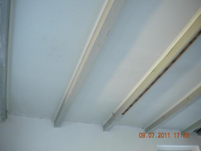 Schilderen muren en plafond incl balken werkspot - Verf balken ...